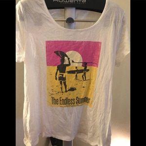 BNWOT Women's Gap T shirt