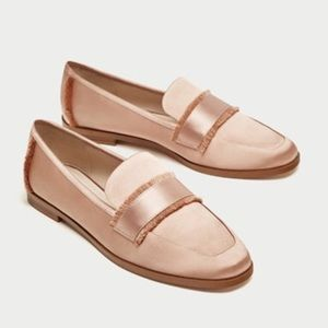 Pink satin loafers with saddle strap