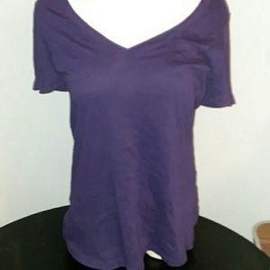 purple med vneck