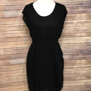 Black casual dress with pockets. Size M