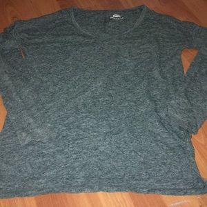 Long sleeve tee shirt green