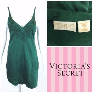 Vtg Victoria's Secret Chemise Gown Sz S Silk Green