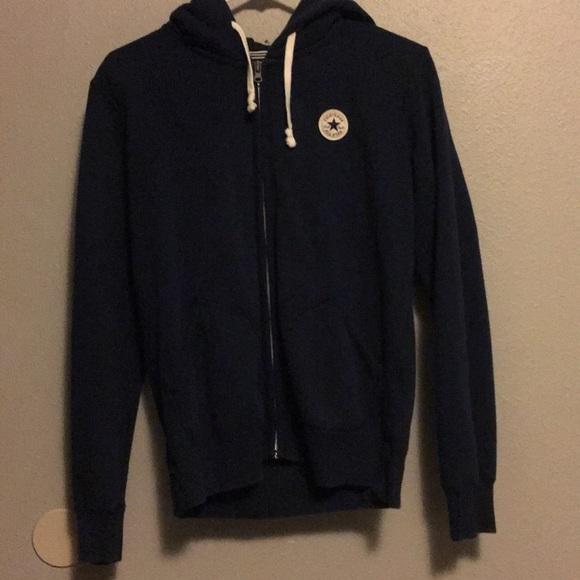 blue converse sweatshirt