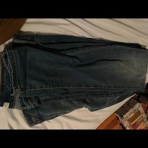 Super soft Refuge size 10 skinny jeans