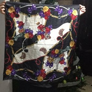 Rose 🌹 Print Silk Scarf