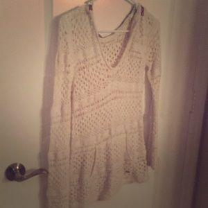 💸 Roxy Hooded Crochet Sweater