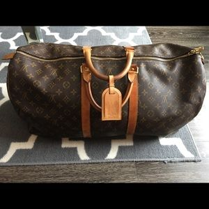 AUTHENTIC Louis Vuitton Monogram Keepall 50