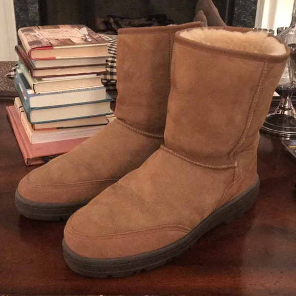 dce698d247b Men's classic short UGG boot Size 12