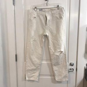 White boyfriend jeans from GAP