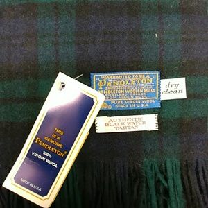 PENDLETON...Women's Scarf....Great FOR Christmas