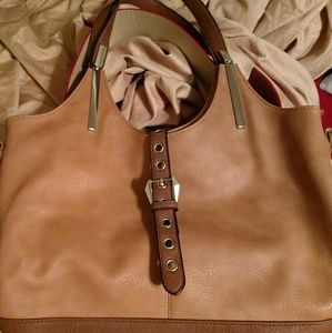 💯 Natural leather, perfectly neutral bucket Bag