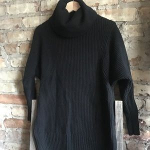 Banana Republic Turtleneck sweater side zippers