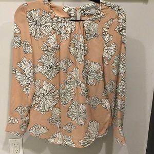 Beautiful blouse brand New !!!!