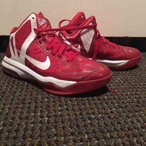 Nike woman basketball shoes