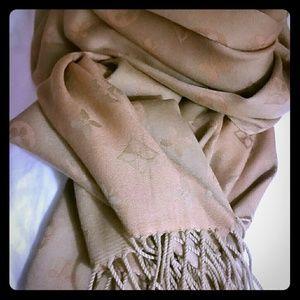 Firenze 100% cashmere wrap around shawl