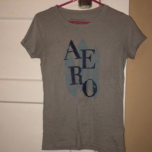 Gray and blue Aeropostale tee