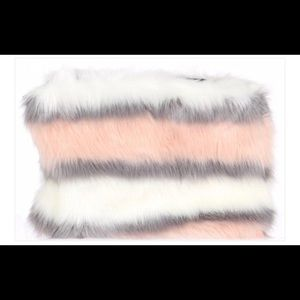 Faux Fur clutch/crossbody