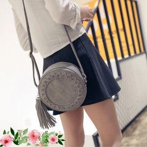 Round handbag 👜🎀