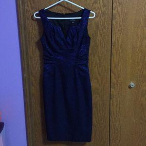 Blue lace Adrianna Papell dress sz 2