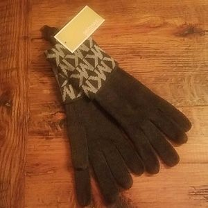 NWT Michael Kors gloves
