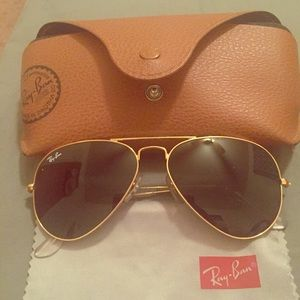 Classic ray-ban green aviators