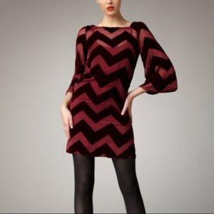 NEW Alice + Olivia Audrina Chevron-stripe Dress