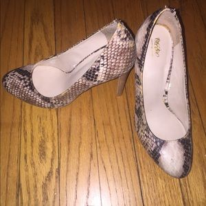 Mossimo faux rattlesnake print heels.