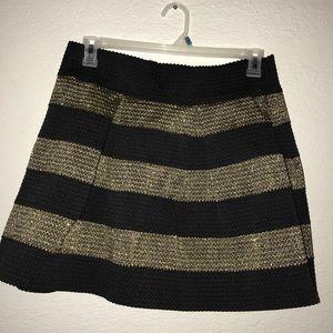 Dresses & Skirts - Gold and black skirt