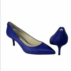 Michael Kors flex kitten pump electric blue nwt