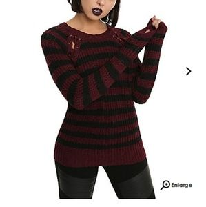 *NWOT* Hot Topic striped sweater