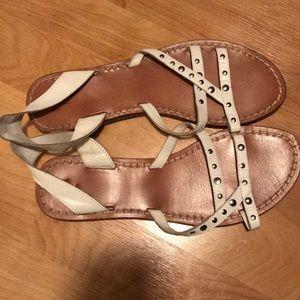 Women's white Zara flat sandals - size 39
