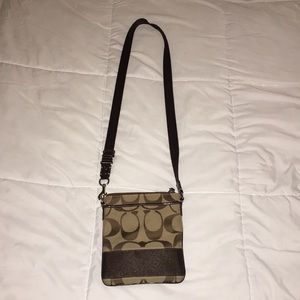 Brown COACH crossbody purse!
