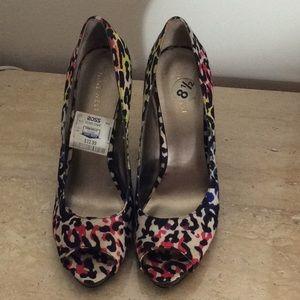 Nine West animal print shoes size 8.5