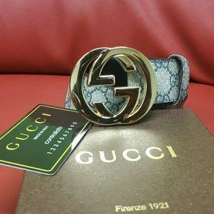 Men leather Gucci belt