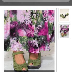 .Jambu journey Encore sandals