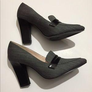 New Nine West size 6.5 heels tweed style fabric.