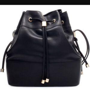 Black Zara bucket bag