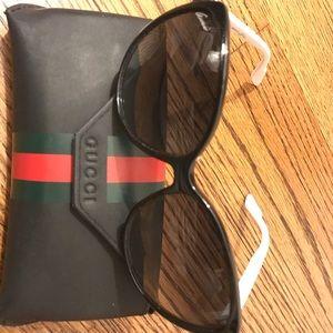 Gucci Womans sunglasses