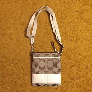 Coach swing pack purse