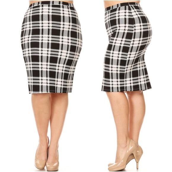 141d3d66a9e29 Plus Black White Plaid Holiday Pencil Skirt Boutique