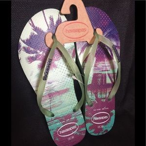 Havaianas TROPICAL themed Flip Flops size 9-10
