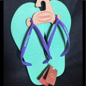 Havaianas Purple and Teal Flip Flops size 8-8.5