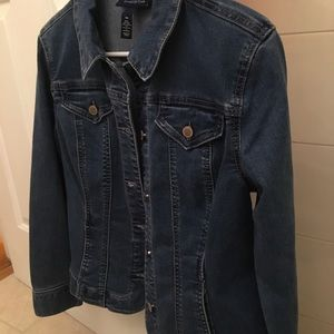 Charter Club jean jacket in the size petite medium
