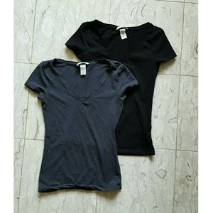 2 H&M Basic V Necks