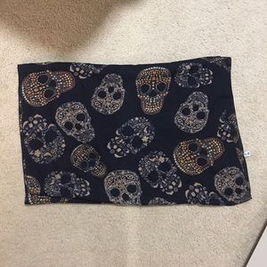 Super cute dark blue skull scarf