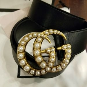 😍Authentic Gucci Belt Black Leather Pearl Buckle