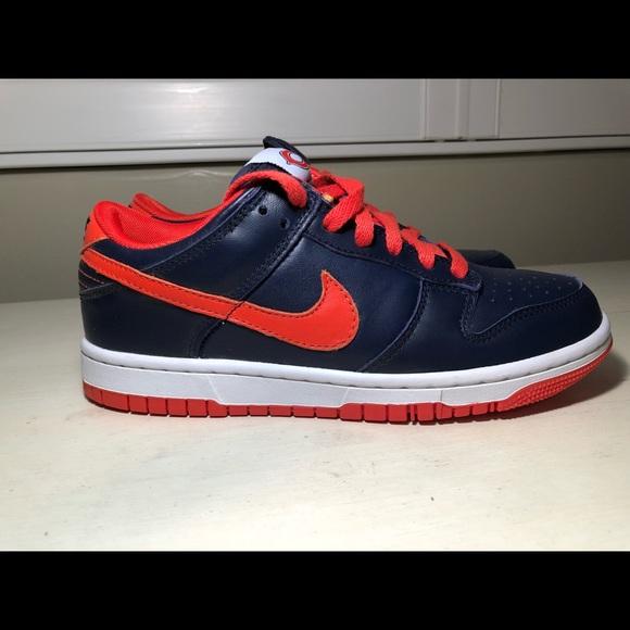 b5624996de8f Youth Chicago Bears Nike Shoes Size 7. M 5a14ed3f3c6f9fbaf9010bf2