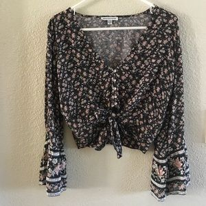 American Eagle floral bell sleeve crop top -Small