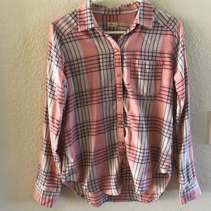 Hollister pink plaid flannel -small