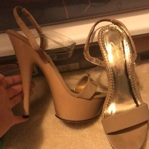 Jonathan Kayne pageant heels